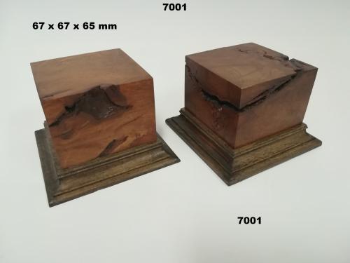 WOODEN BASE - 7001  FIGURS